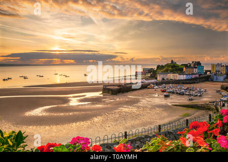 Tenby Harbour, Pembrokeshire, West Wales, UK - Stock Photo