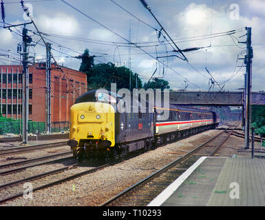 A class 55 Deltic locomotive number 55019 working an enthusiast charter at Welwyn Garden City on the 7th June 2003. - Stock Photo