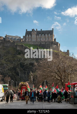 Edinburgh, Scotland, UK. 30th March 2019. Palestine protesters gather at the of Princes street to protest for the rights of Palestinian people in Gaza. They marched to Bute House which is the residence of Scotland's First Minister, Nicola Sturgeon. To give her a letter about this situation in Gaza. - Stock Photo