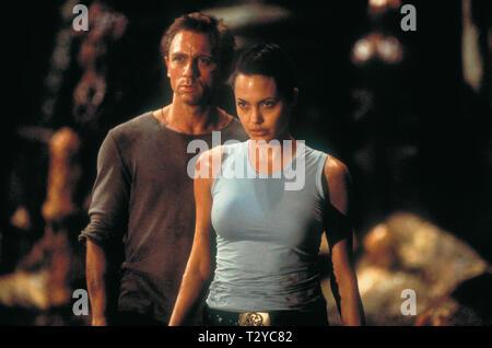 ANGELINA JOLIE, DANIEL CRAIG, LARA CROFT: TOMB RAIDER, 2001 - Stock Photo