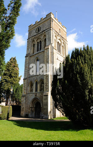 St Peters Church, Brackley, Northamptonshire, dates mainly to the thirteenth century with a fifteentch century tower and a Norman south doorway. - Stock Photo
