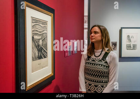 London, UK. 8th Apr 2019.  Sketch for the Scream - Edvard Munch: love and angst at the British Museum, the largest exhibition of Munch's prints in the UK for 45 years. The exhibition is a collaboration with Norway's Munch Museum and runs 11 April – 21 July 2019. Credit: Guy Bell/Alamy Live News - Stock Photo
