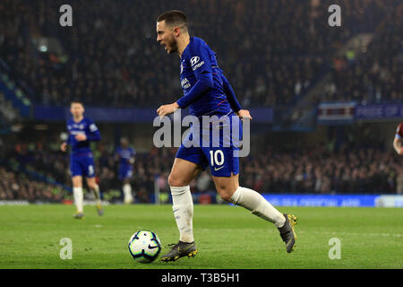London, UK. 08th Apr, 2019. Eden Hazard of Chelsea in action. Premier League match, Chelsea v West Ham United at Stamford Bridge in London on Monday 8th April 2019. this image may only be used for Editorial purposes. Editorial use only, license required for commercial use. No use in betting, games or a single club/league/player publications. pic by Steffan Bowen/ Credit: Andrew Orchard sports photography/Alamy Live News - Stock Photo