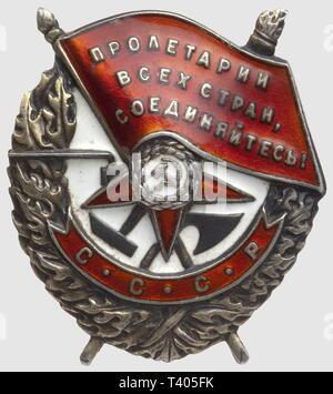 Ordre du Drapeau Rouge, badge modèle 1941, de fabr. 'Monetnij Dvor', no. 37808, diamètre 48 x 35mm, Additional-Rights-Clearance-Info-Not-Available - Stock Photo
