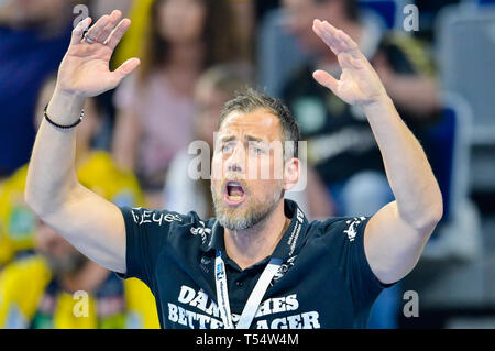 Mannheim, Germany. 21st Apr, 2019. Handball: Bundesliga, Rhein-Neckar Löwen - SG Flensburg-Handewitt, 22nd matchday, in the SAP Arena. Flensburg coach Maik Machulla. Credit: Uwe Anspach/dpa/Alamy Live News - Stock Photo