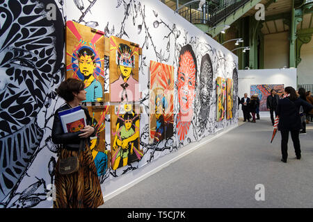 Paris, France. 3th April, 2019.Stinkfish, Nina Bogotana de espinas, exibited at Paris Art Fair. Credit: Veronique Phitoussi/Alamy - Stock Photo
