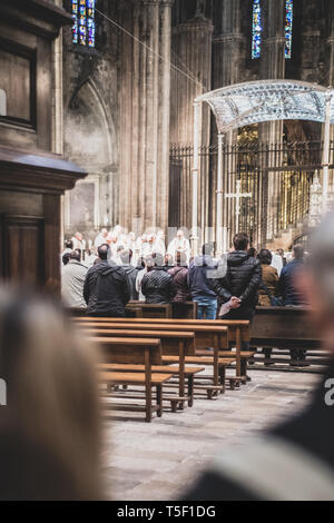 Girona, Catalonia, Spain. 16 April 2019. View of inside of the cathedral at Girona where catholic religious ceremony is in progress. - Stock Photo