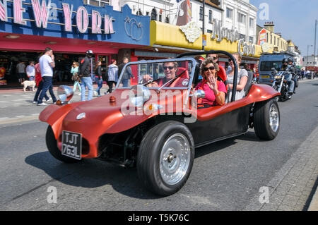 Dune buggy on Marine Parade passing amusement arcades at the Southend Shakedown 2014 motorcycle rally, Southend on Sea, Essex, UK. Space for copy - Stock Photo
