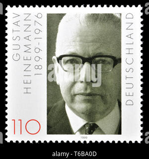 German postage stamp (1999)  : Gustav Heinemann (1899-1976) Politician. President of the Federal Republic of Germany from 1969 to 1974 - Stock Photo