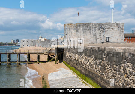 The Round Tower & Square Tower, stone fortifications from the 1400s at the entrance to Portsmouth Harbour in Old Portsmouth, Hampshire, UK. - Stock Photo