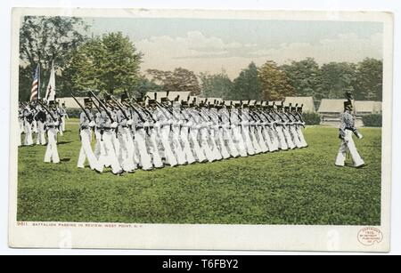 Detroit Publishing Company vintage postcard reproduction of the battalion passing in review, West Point, New York, 1914. From the New York Public Library. () - Stock Photo