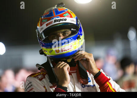 Barbagallo Raceway, Neerabup, Australia. 3rd May, 2019. Virgin Australia Supercars Championship, PIRTEK Perth SuperNight, day 2; Fabian Coulthard before Race 11 Credit: Action Plus Sports/Alamy Live News - Stock Photo
