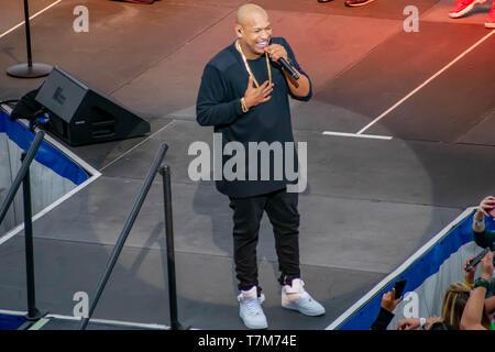 Orlando, Florida. March 17, 2019. Alexander Delgado by Gente de Zona singing urban music at Seaworld  in International Drive Area (17) - Stock Photo