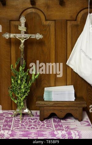 Crucifix. Buis. - Stock Photo