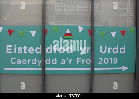 10 May 2019: Cardiff Bay, Cardiff UK:  Advertising for the Urdd Eisteddfod to be held in Cardiff Bay 2019. - Stock Photo