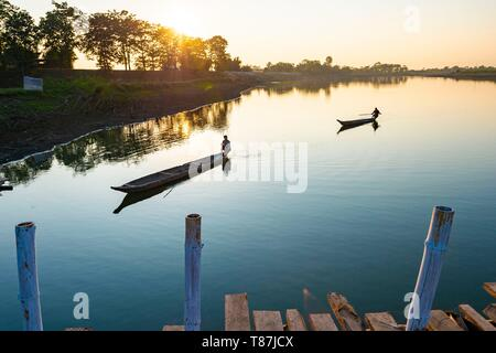 India, Assam, Majuli island in the middle of the Brahmapoutre river, wood and bamboo bridge - Stock Photo