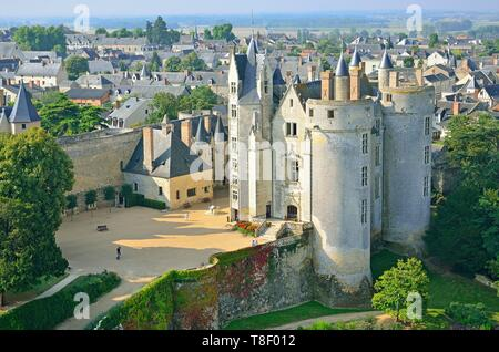 France, Maine et Loire, Montreuil Bellay, the castle (aerial view) - Stock Photo