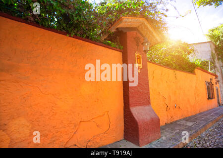 Mexico, Colorful buildings and streets of San Miguel de Allende in Zona Centro of historic city center - Stock Photo