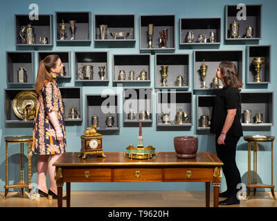 London, UK. 17th May 2019. A preview of silverware and silver-gilt in Christie's Spring edition of The Collector sales (22 and 23 May). Credit: Guy Bell/Alamy Live News - Stock Photo