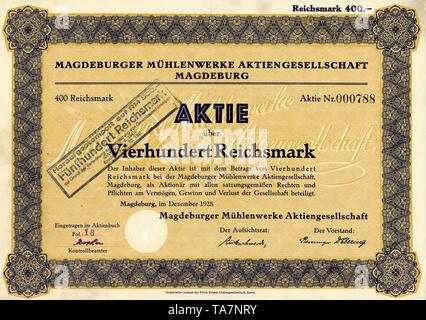 Historic stock certificate, Reichsmarks obligation, Germany, Historische Aktie über 400 Reichsmark, Magdeburger Mühlenwerke Aktiengesellschaft, Magdeburg, 1928, Deutschland, Europa - Stock Photo