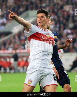 Stuttgart, Germany. 23rd May, 2019. Stuttgart's Mario Gomez reacts during the first leg match of Bundesliga relegation play-off between Stuttgart and Union Berlin in Stuttgart, Germany, May 23, 2019. The match ended with a 2-2 draw. Credit: Philippe Ruiz/Xinhua/Alamy Live News - Stock Photo