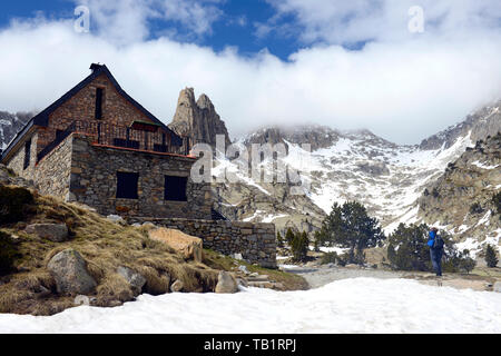 Refuge Amitges in Sant Maurici National Park, Pyrenees Mountains, Catalunya (Catalonia), Spain - Stock Photo