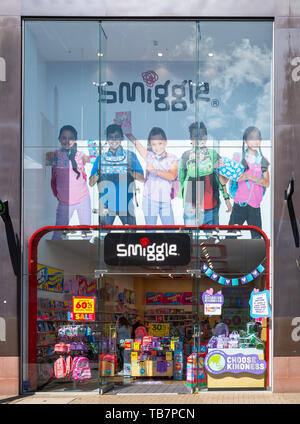 Swindon, United Kingdom - May 04 2019:   The Frontage of Smiggle stationery store in The Parade - Stock Photo