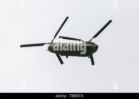 London, UK. 31st May, 2019. Three US Army Chinook files over north London in preparation for the US President Trump's visit to London. The US military units which will provide air transpiration to the US President and the First Lady are practicing the route over London. US President Donald Trump and the First Lady are making a three day state visit to the UK, beginning on 3 June. Credit: Dinendra Haria/Alamy Live News - Stock Photo