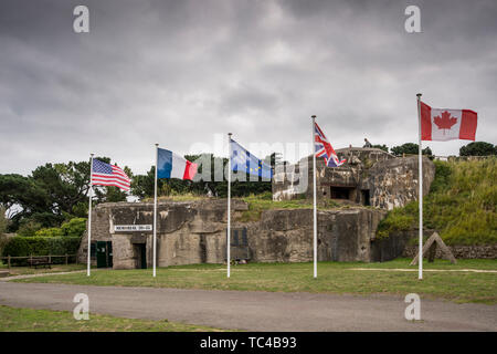 Memorial 39-45 Museum.  One of the WW2 bunker is used for this momorial in La Cité d'Alet (or Aleth), Saint Malo, Brittany, France - Stock Photo