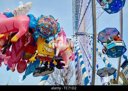 Christmas Ferris Wheel, Paseo de La Concha, Alderdi Eder park, Donostia, San Sebastian, Gipuzkoa, Basque Country, Spain, Europe - Stock Photo