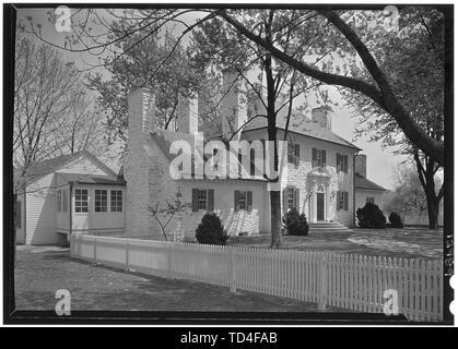 'English: Title: Amory S. Carhart, Ashland Farm, residence in Warrenton, Virginia. Abstract/medium: Gottscho-Schleisner Collection (Library of Congres - Stock Photo