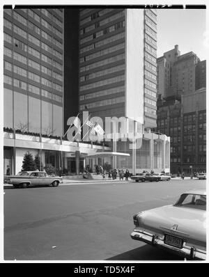 'English: Title: Americana Hotel, 52nd St. and 7th Ave., New York City. Abstract/medium: Gottscho-Schleisner Collection (Library of Congress)  Physica - Stock Photo