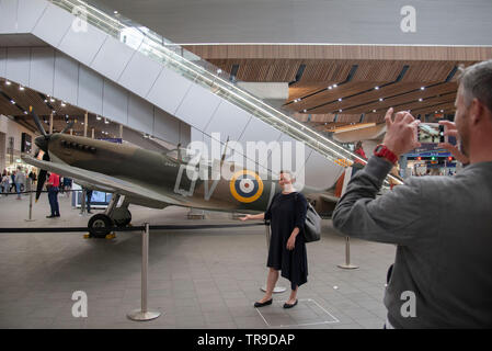 London, UK. 31st May, 2019. A replica Supermarine Spitfire sits on the concourse at London Bridge Station. Installed by the Imperial War Museum to mark 75 years since the D-Day landings. Credit: claire doherty/Alamy Live News - Stock Photo