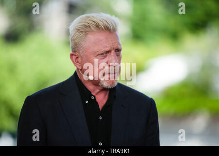 Paris, France. 1st June, 2019. Boris Becker stands in a TV-Studio at the 2019 French Open Grand Slam tennis tournament in Roland Garros, Paris, France. Frank Molter/Alamy Live news - Stock Photo
