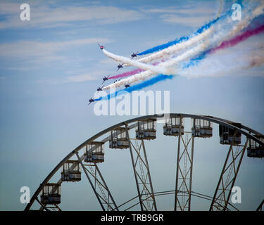 GB - DEVON: RAF Red Arrows Display Team at the Torbay Airshow flying over English Riviera Wheel at Torquay (31. May 2019) - Stock Photo