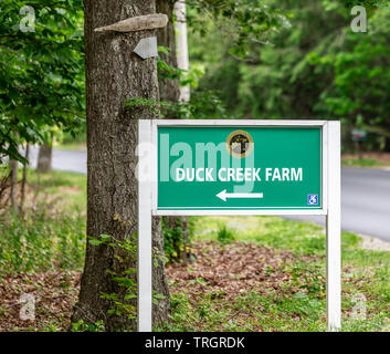 Sign for Duck Creek Farm In East Hampton - Stock Photo