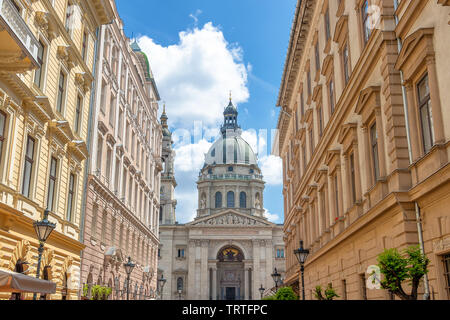 St. Stephen's Basilica, the largest church in Budapest, Hungary. It is named in honour of Stephen, the first King of Hungary - Stock Photo