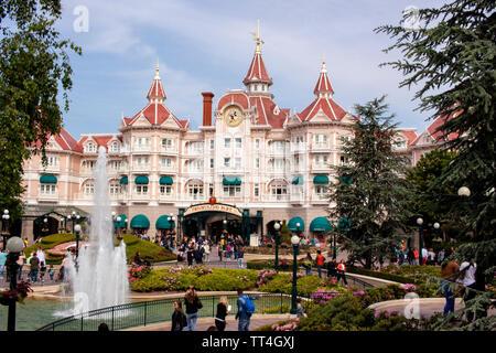 A view of the Disneyland Hotel at Disneyland Paris. Lewis Mitchell - Stock Photo