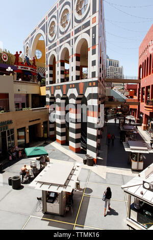 USA, California, San Diego, inside the Westfield Horton Plaza in San Diego - Stock Photo