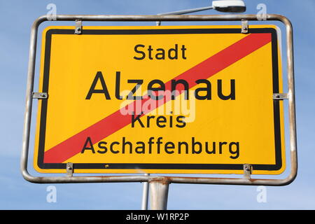 Namensschild der Stadt Alzenau in Bayern - Stock Photo