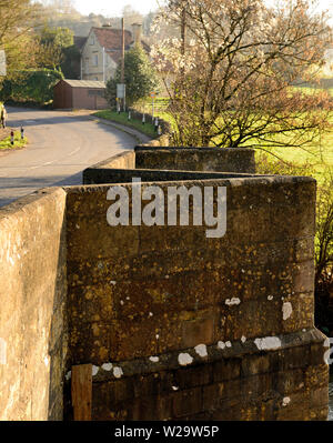 Pedestrian refuges on Stokeford Bridge over the river Avon at Limpley Stoke. - Stock Photo