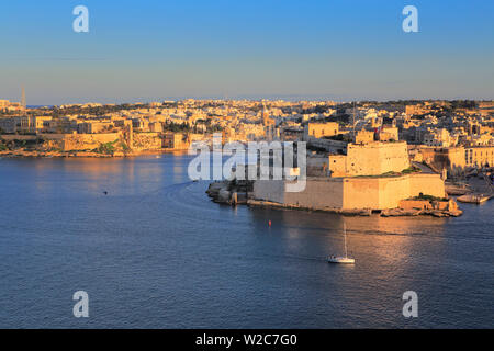 La Valletta, view from Upper Barracca gardens to Fort Saint Angelo, Malta - Stock Photo