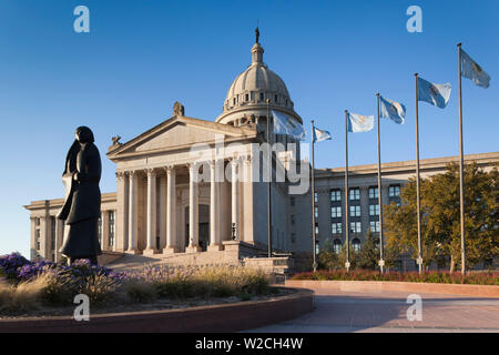 USA, Oklahoma, Oklahoma City, Oklahoma State Capitol Building, sculpture of Native American, As Long As The Waters Flow, Allan Houser, artist - Stock Photo