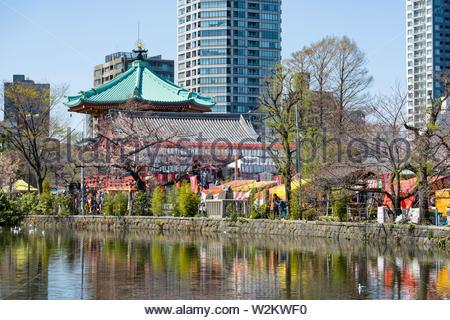 Shinobazunoike Bentendo Temple and the Shinobazu Pond, Uenokōen, Taitō-ku, Tokyo, Honshu, Japan - Stock Photo