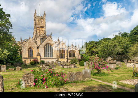 St John the Baptist Church is the landmark centrepiece of the marketplace in the beautiful Cotswold town of Cirencester in Gloucestershire. - Stock Photo