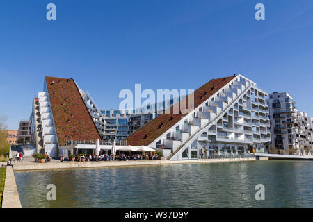8Tallet modern architecture building in Orestad, Copenhagen, designed by Bjarke Ingels Group (BIG) - Stock Photo
