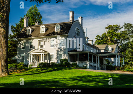 Amos Eno House, Simsbury 1820 House _ Simsbury, Connecticut, USA - Stock Photo