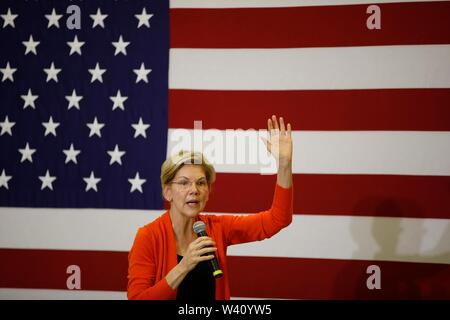 Sioux City, United States. 18th July, 2019. Elizabeth Warren campaigns for the Democratic nomination for the 2020 United States presidential election during a town hall meeting in student center at Morningside College in Sioux City. Credit: SOPA Images Limited/Alamy Live News - Stock Photo