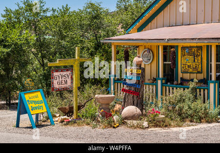Colorful shop on the Turquoise Trail Scenic Byway, New Mexico State Road 14, Madrid New Mexico, USA. - Stock Photo