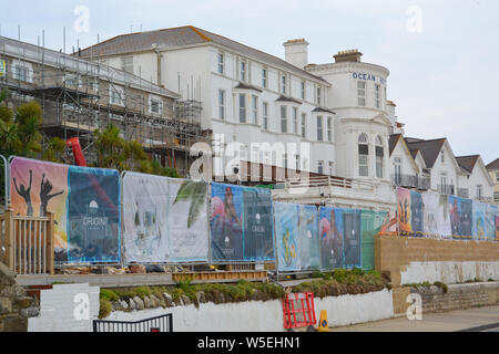 The Ocean Hotel in Sandown on the Isle of Wight, is left in a state of disrepair and the hotel is now in the hands of administrators. - Stock Photo